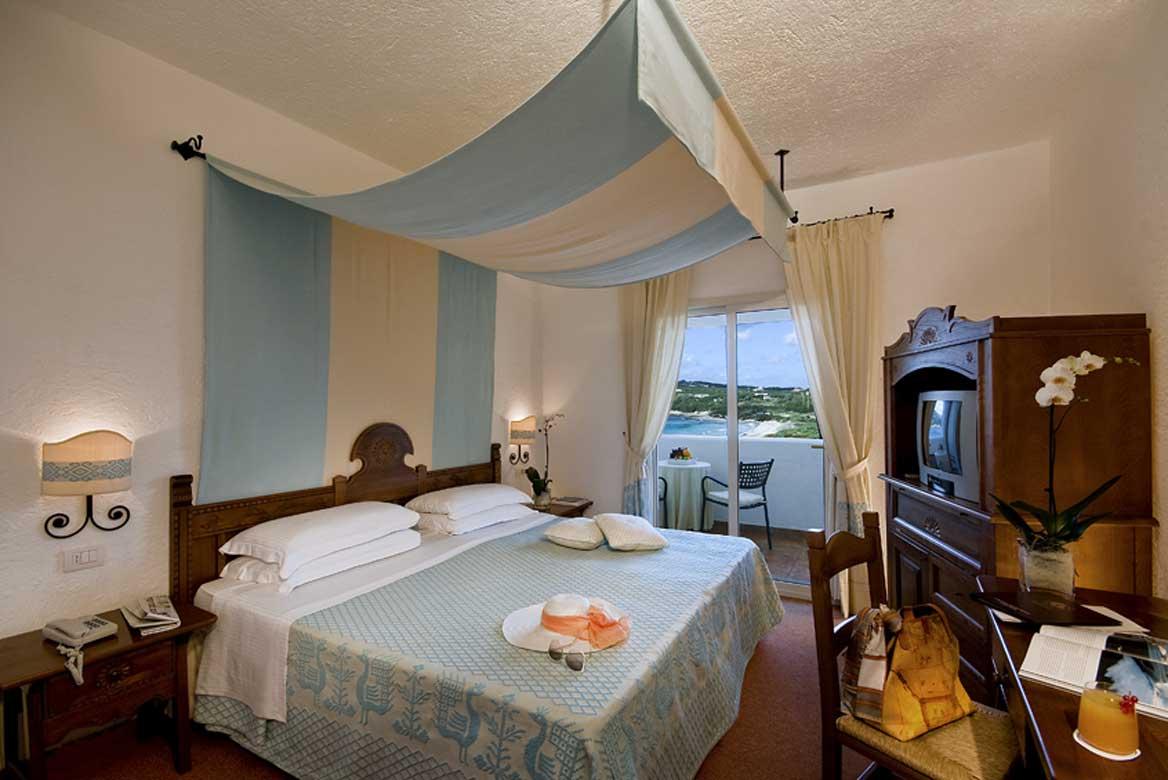 Szardínia 5 csillagos hotelek Capo Testa