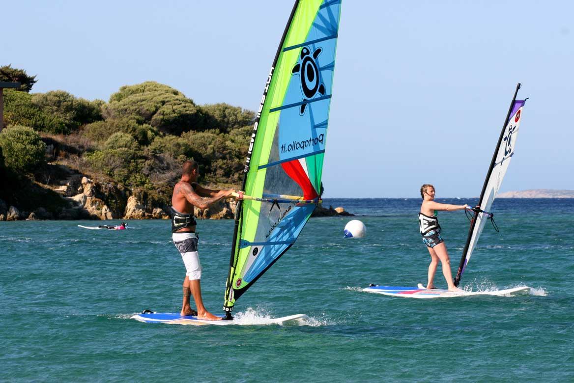 Windsurfunterricht Sardinien