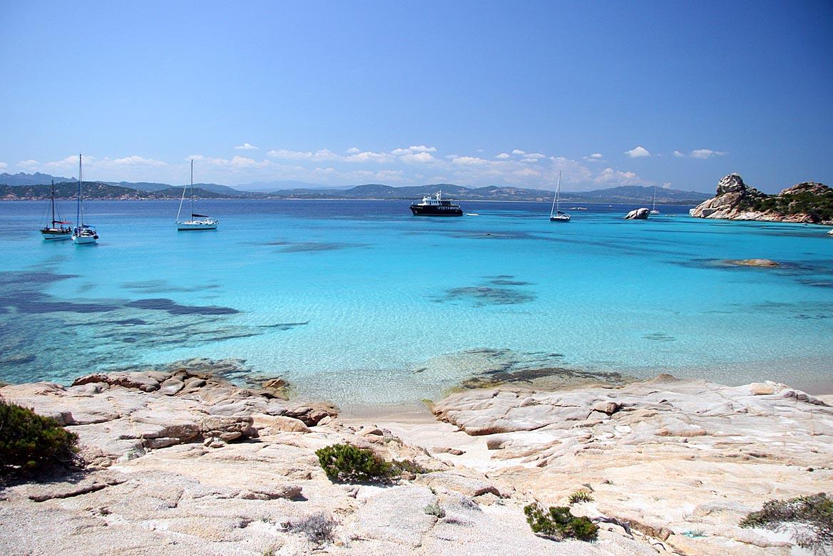 Crocere in barca a vela, Sardegna