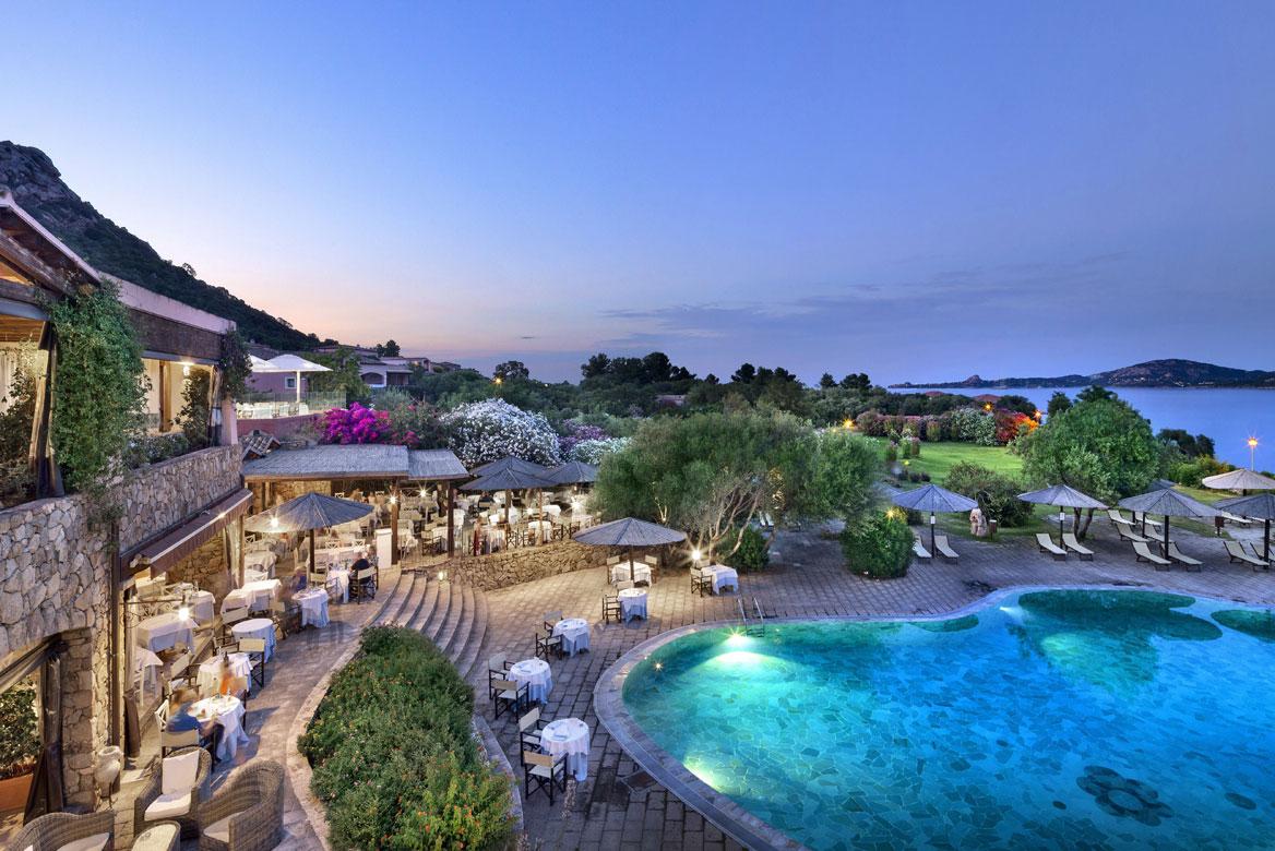 4 csillagos hotel Szardínián, Cala di Falco